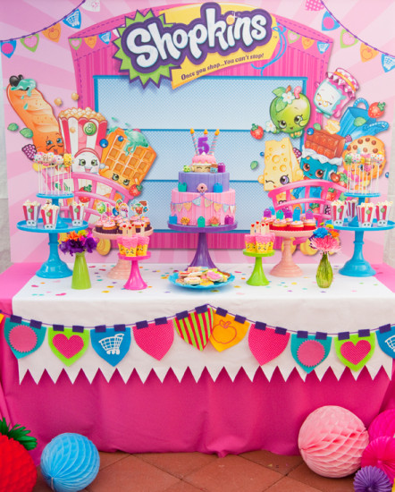 Shopkins Party Display